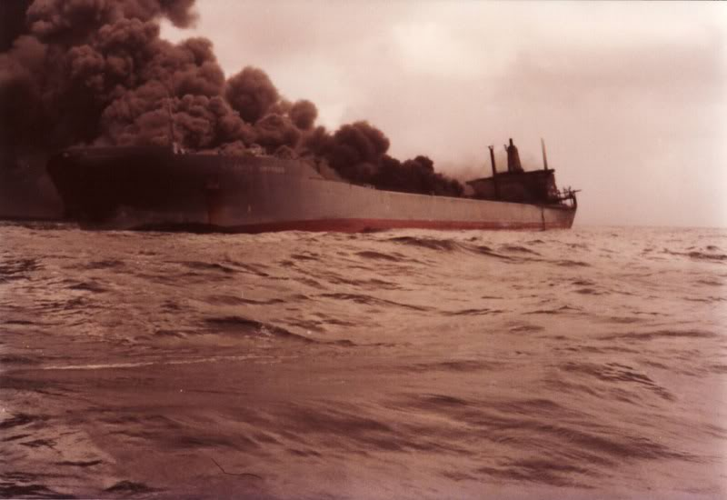http://www.counterspill.org/sites/default/files/photo/Tankers-3.jpeg